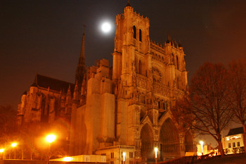 Cathédrale d'Amiens, photo de nuit